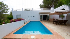 Casa en venta en Can Furnet con piscina privada